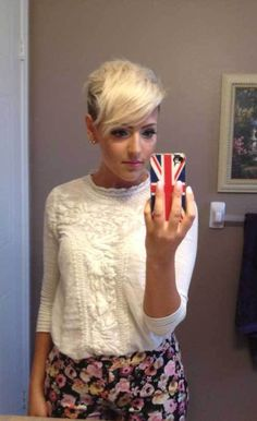 20 More Sassy Long Pixie Hairstyles: #12. Short Pixie Hairdo with Faded Sides: