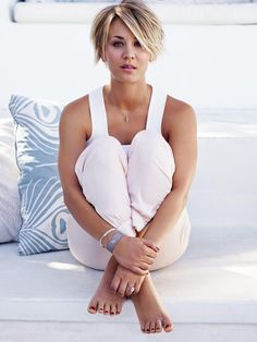 Image result for kaley cuoco short hair
