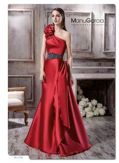 Vestidos para invitadas para bodas en Navidad http://blog.higarnovias.com/2015/12/08/vestidos-de-fiesta-rojos/ #Entrebastidores