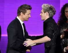 Jeremy Renner @ AMA Awards with One Direction band member 2015
