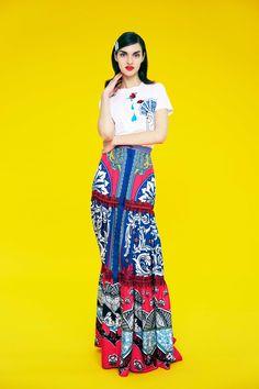 Mary Katrantzou Pre-Fall 2017 Fashion Show Collection 1960s Fashion, Fashion 2017, Runway Fashion, Fashion Models, Fashion Spring, Fashion News, High Fashion, Mary Katrantzou, Stockholm Street Style