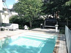 Bild på altanbygge - Poolen av GreatVic Beddinge, Garden Pool, Pool Designs, Spa, Garden Design, Villa, Patio, Outdoor Decor, Inspiration