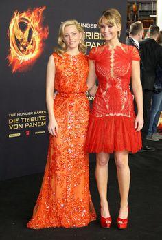 Elizabeth Banks in Elie Saab and Jennifer Lawrence in Marchesa