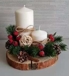 Christmas Candle Decorations, Christmas Swags, Christmas Candles, Diy Christmas Ornaments, Simple Christmas, Handmade Christmas, Christmas Time, Christmas Wedding Flowers, Christmas Floral Arrangements