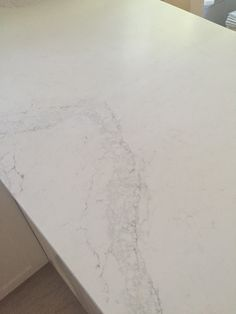 I know you guys are curious about what I chose for my countertops.  Drumroll........ Caesarstone !  And not without a ga...