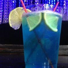 Blue Hangover 1 part UV Grape 1 part triple sec 1 part gold tequila 1 part blue curacao 1 part gin 3 garnishes limes 3 parts sprite 1 part light rum 2 parts sour mix Fun Drinks, Alcoholic Drinks, Beverages, Cocktails, Uv Vodka Recipes, Drinks Alcohol Recipes, Uv Blue, Sour Mix, Blue Curacao