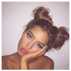 Tumblr girls | selfie | ootd | hat | girl | clothes | hoodie | sunglasses | duckface | makeup | hairdo | instagram | lipstick | messy bun | tumblr girl style