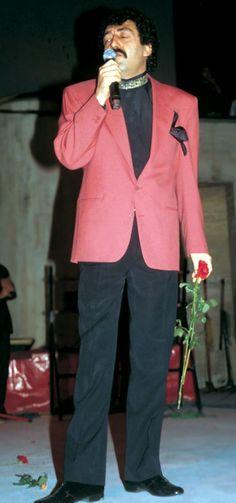 Night Cream by Olay Regenerist Night Recovery Anti-Aging Face Moisturizer oz, 2 Month Supply Celebrity Summer Style, Celebrity Style Dresses, Street Style Summer, Stylish Summer Outfits, Cool Outfits, Casual Outfits, Casual Summer, Celebrity Style Inspiration, Denim Fashion