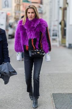31 Winter Outfit Ideas - Your Daily #OOTD Inspiration for This Winter: Colorful Faux Fur and Bootcut Jeans