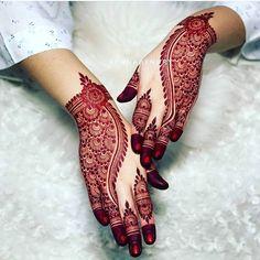Back Hand Mehndi Designs, Stylish Mehndi Designs, Mehndi Designs For Girls, Wedding Mehndi Designs, Beautiful Mehndi Design, Dulhan Mehndi Designs, Latest Mehndi Designs, Floral Henna Designs, Mehndi Designs Book