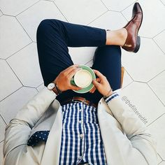 Follow me on INSTAGRAMhttps://www.instagram.com/maletrends_/MALE TRENDS A blog about men's fashion, lifestyle & more.</p>