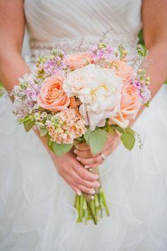 bride wildflower bouquet