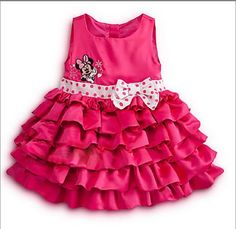 vestido con olanes rosa mexicano