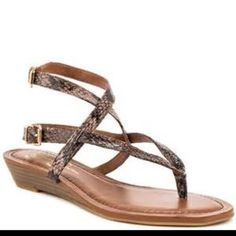 Jessica Liliane Sandals Snake print leather upper with winding ankle straps. 1 inch wedge heel, Leather Upper Man Made Sole Shoe Fits True To Size. Jessica Simpson Shoes Sandals