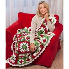 Get in the spirit with this Christmas Cheer Crochet Afghan. You won't be able to stop smiling once you work up this lovely red and green crochet pattern. Made by joining together two sizes of granny squares, this afghan is sure to impress.