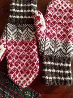 New Knitting Hat Tutorial Fair Isles 57 Ideas Knitted Mittens Pattern, Knit Mittens, Knitted Gloves, Knitting Socks, Hand Knitting, Fingerless Mittens, Loom Knitting, Knitting Charts, Knitting Patterns