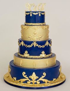 Gold Wedding Cakes Blue and gold Beauty and the Beast Wedding Cake - Beauty And The Beast Theme, Beauty Beast, Royal Cakes, Royal Blue Wedding Cakes, Pretty Cakes, Beautiful Cakes, Amazing Cakes, Bolo Fack, Fondant Cakes