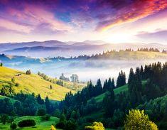 Скачать обои горы, туман, Украина, панорама, домик, холмы, солнце, Карпаты, леса, раздел пейзажи в разрешении 4500x3500