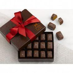 Dark Chocolate Sea Salt Caramels, a delicious taste of salty-sweet perfection made in Vermont! Customers call these rich chocolate caramels 'truly amazing. Chocolate Caramels, Chocolate Syrup, Homemade Chocolate, Hot Chocolate, Dark Chocolate Benefits, Blackberry Syrup, Sweet Butter, Sea Salt Caramel, Chocolate Hearts