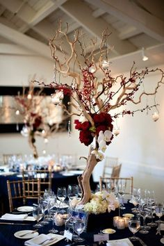 Red white and blue wedding color scheme | photography by http://www.bound-by.com/
