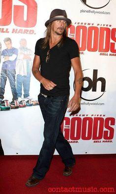 Kid Rock Looking Good!!