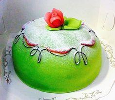 The Hirshon Swedish Princess Cake - Prinsesstårta Recipe Liquid Food Coloring, Green Food Coloring, Princess Torte, Layer Cake Recipes, Scandinavian Food, Fondant Rose, Sandwich Cake, Cake Images, Take The Cake