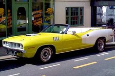 1971 Cuda convertible with billboard graphics and Shaker hood,  rally wheels and fog light options in curious yellow paint. Old Muscle Cars, Best Muscle Cars, American Muscle Cars, Plymouth Barracuda, All Cars, Used Cars, Convertible, Hemi Engine, Dodge Chrysler