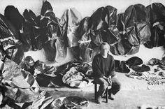 Simon Hantaï in his studio at Meun, France.