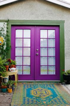 We currently have this color green trim with light gray- I want to do something really fun with the doors and wow, how fun is that purple! Purple Front Doors, Purple Door, Front Door Colors, Cool Doors, The Doors, Windows And Doors, Front Door Design, Ideas Hogar, Home Decor Inspiration