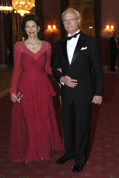 King Gustaf and Queen Slyvia at the Pre-Wedding Dinner for their daughter, Princess Madeleine and Chris O'Neill.
