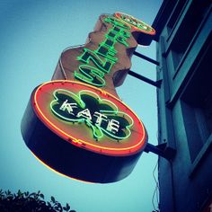 Kate O'Brien's in San Francisco, CA: Wash down the fluffy mash covered Shephard's Pie with a Pint of Guinness while you take in the latest match. Find more places to watch the World Cup in the USA: http://pin.it/AeGWA1a