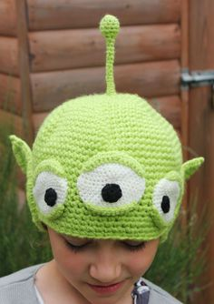 Cappello ALIENO Verde a 3 Occhi con Orecchie di FunAroundTheClock