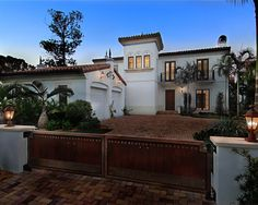 Spanish Courtyards Homes Design, Pictures, Remodel, Decor and Ideas - page 3