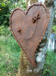 Kathi's Garden Art Rust-n-Stuff: Rusty Heart Art Metal Yard Art, Metal Tree Wall Art, Scrap Metal Art, Sculpture Metal, Abstract Sculpture, Leaf Wall Art, Rusty Metal, Welding Art, Arc Welding