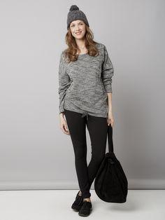 Homewear oui, mais trendy ! On craque totalement sur l'effet tricot et le détail irisé... Et si en plus c'est évolutif ! Sweat évolutif future maman e