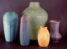 Colorado Springs Trivia – Colorado Springs Pioneers Museum Did you know? The Colorado Springs Pioneers Museum holds the largest collection of Van Briggle Pottery? Rookwood Pottery, Roseville Pottery, Pottery Vase, Colorado Springs, Antiques Online, Arts And Crafts Movement, Antique China, Vintage Pottery, Clay Art