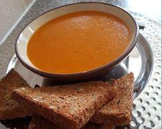 Ντοματόσουπα βελουτέ με καρότα και βασιλικό Cornbread, Cooking, Health, Ethnic Recipes, Food, Recipes, Millet Bread, Kitchen, Health Care