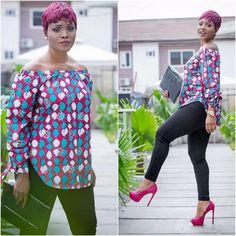 Akosua Vee! Depuis qu'on l'a découverte, on ne se lasse pas des looks de cette bloggueuse ghanéenne. Elle maîtrise tellement son sujet. Et avec les imprimés africains qu'elle n'hésite pas à incorporer sans souci dans sa garde-robe, elle a beaucoup d'idées ! Casual, habillé,..: tous ces looks sont chics avec une si belle harmonie des ...
