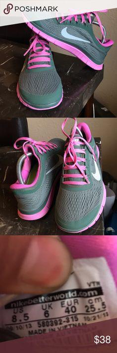 Nike free women's size 8.5 Nike free women's size 8.5 Nike Shoes Athletic Shoes