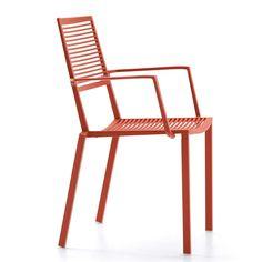 Easy Stol Med Armlener Stabelbar, Korallrød - Fast Design - Fast Design - RoyalDesign.no