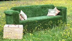 Outdoor Artificial Grass Garden Sofa by Evergreen Direct #terraza #céspedartificial #www.stepongreen.com