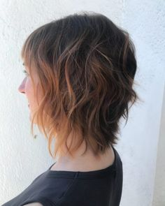 17 Short Layered Bob Haircuts Trending in 2019 - Style My Hairs Sleek Hairstyles, Short Bob Hairstyles, Hairstyles Haircuts, Bob Style Haircuts, Short Layered Bob Haircuts, Ice Blonde Hair, Blonde Bobs, Brown Blonde, Blonde Brunette