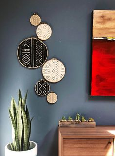 African Mudcloth Gallery Wall Hanging Decor Set, Wood Circle Frames Various Sizes, Modern Boho, Authentic Vintage Textile Art 6 Pieces living room wall decor interior design Decor, Boho Wall Decor, Wood Circles, African Home Decor, Living Room Decor, Decor Interior Design, Home Decor, Gallery Wall Hanging, Baskets On Wall