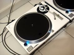 Coherence Promo: Turntables