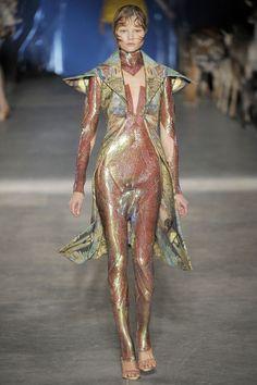 pinerosolanno: Alexander McQueen Spring 2009 Ready-to-Wear