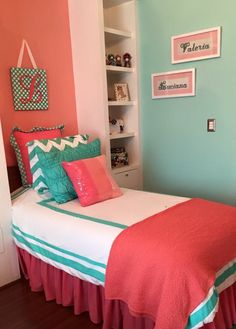 Big sister decor bedroom, mint coral, girl room Decoración menta, coral y durazno para niña