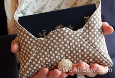 Quilted Passport Clutch by Rachel Howard for WeAllSew #free project #bag #purse #free tutorial #travel #weallsew