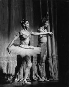 Joffrey Ballet, Canadian Pacific Railway, Dance Magazine, Margot Fonteyn, Rudolf Nureyev, Ballet School, People Dancing, And Peggy, Most Beautiful People