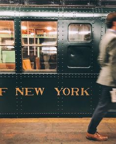 Time to hop on and discover the city of New York! : Time to hop on and discover the city of New York! City Aesthetic, Travel Aesthetic, Empire State Of Mind, Empire State Building, Photographie New York, A New York Minute, City Vibe, Nyc Life, Robert Doisneau