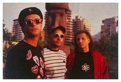 """SODA STEREO: """"DYNAMO"""".  Santiago de Chile, 1993. """"Recuerdos del futuro juntos""""…"""